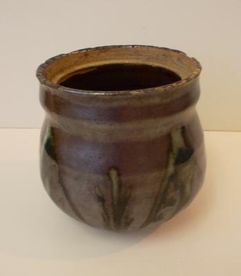 Stoneware, glazed pot.