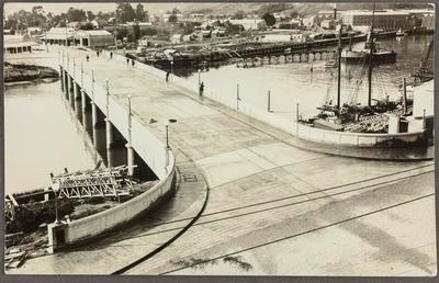 Gladstone Road Bridge