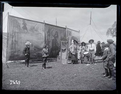 Glass plate negative; 1909; 5150