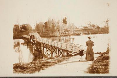 Ballance Street Footbridge