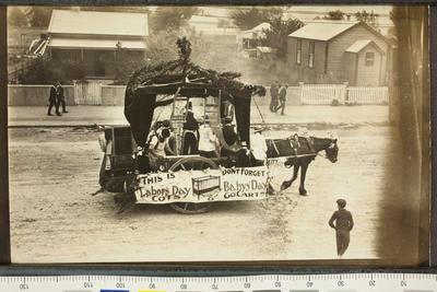 Carpenters Cart on Gladstone Road