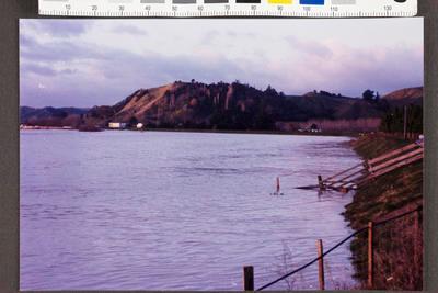 Waipaoa River in Flood; Apr 1989; 35159