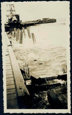 Tokomaru Bay Wharf