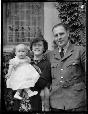 Nick Williamson, woman and child