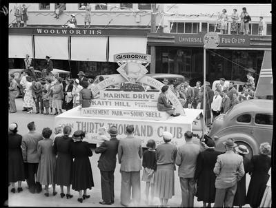 Civic Procession: Thirty Thousand Club; Nov 1952; 42655