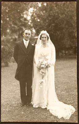 Wedding photo: Ron and Joy Shaw