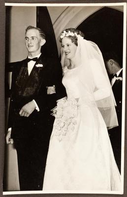 Wedding photo: Janet Frances Leggett and Barry James Edwards