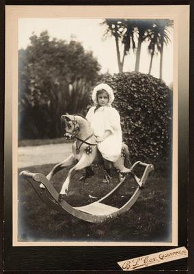 Winifred Lysnar; 1906; 42833